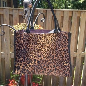 NEIMAN MARCUS Leopard Print Tote Bag